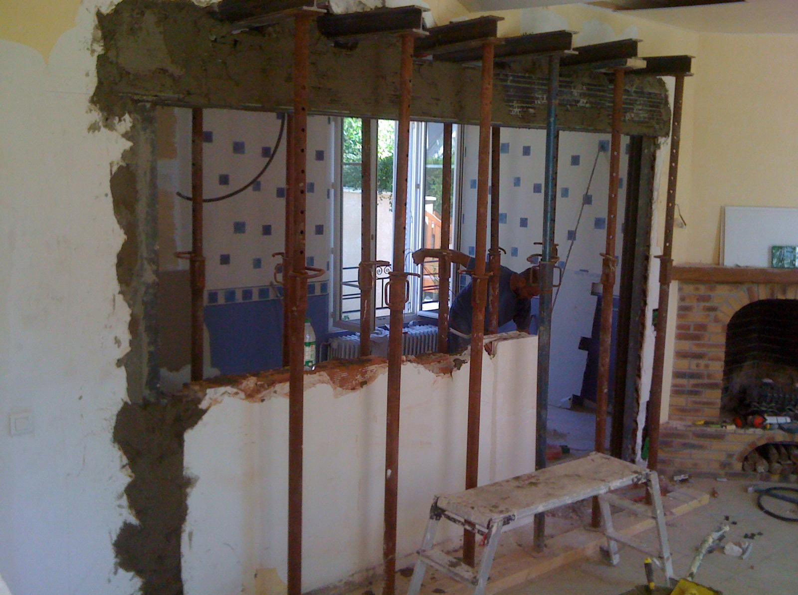 Ouverture mur porteur ou mur de refend par chevalement 5 le mur porteur - Poser bloc porte entre 2 murs ...